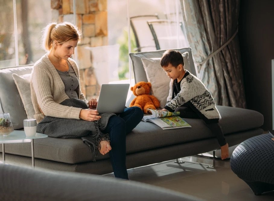 5 ways to make the most of working at home with the children